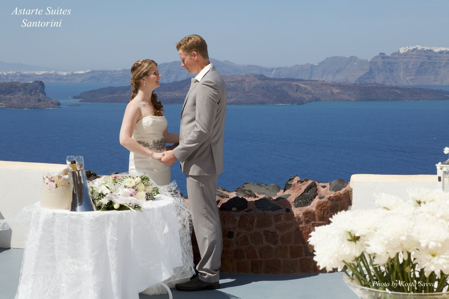 Astarte_Suites_in_Santorini_Weddings_5_2
