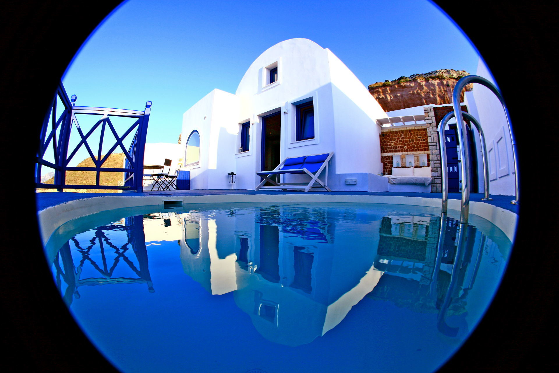 1_Astarte_Suite_private_outdoor_Pool_and_indoor_couples_Jacuzzi