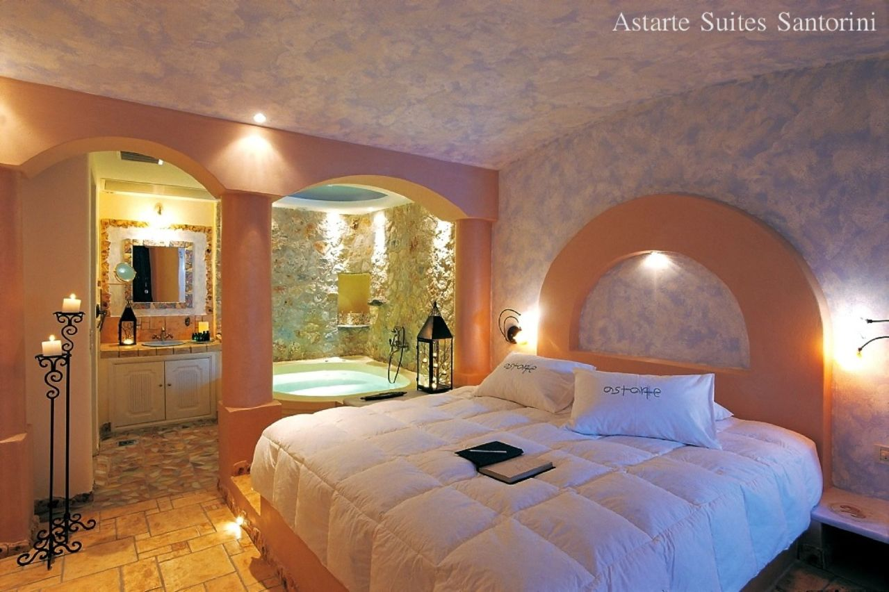 Junior_suite_private_couples_Jacuzzi_sea_volcano_caldera_views_-_Astarte_Suites_Hotel_-_Santorini_island
