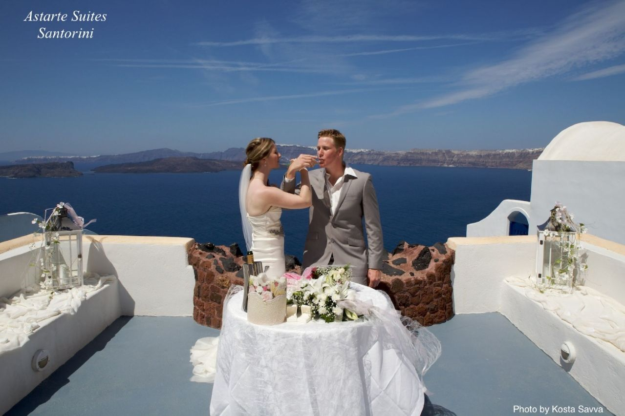 Astarte_Suites_Hotel_in_Santorini_Greece_Santorini_Weddings_1