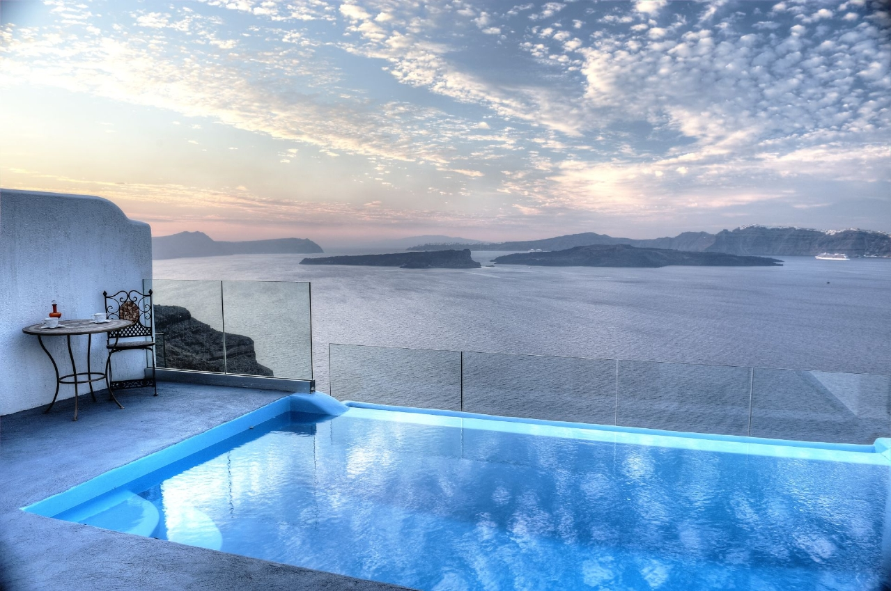 Luxury Suites With Private Infinity Pool In Santorini Astarte Suites - House cape town amazing infinity pool